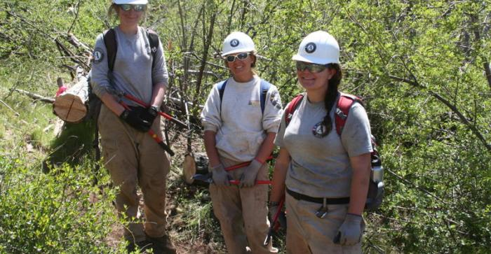 Building the interpretive trail with AmeriCorps volunteers